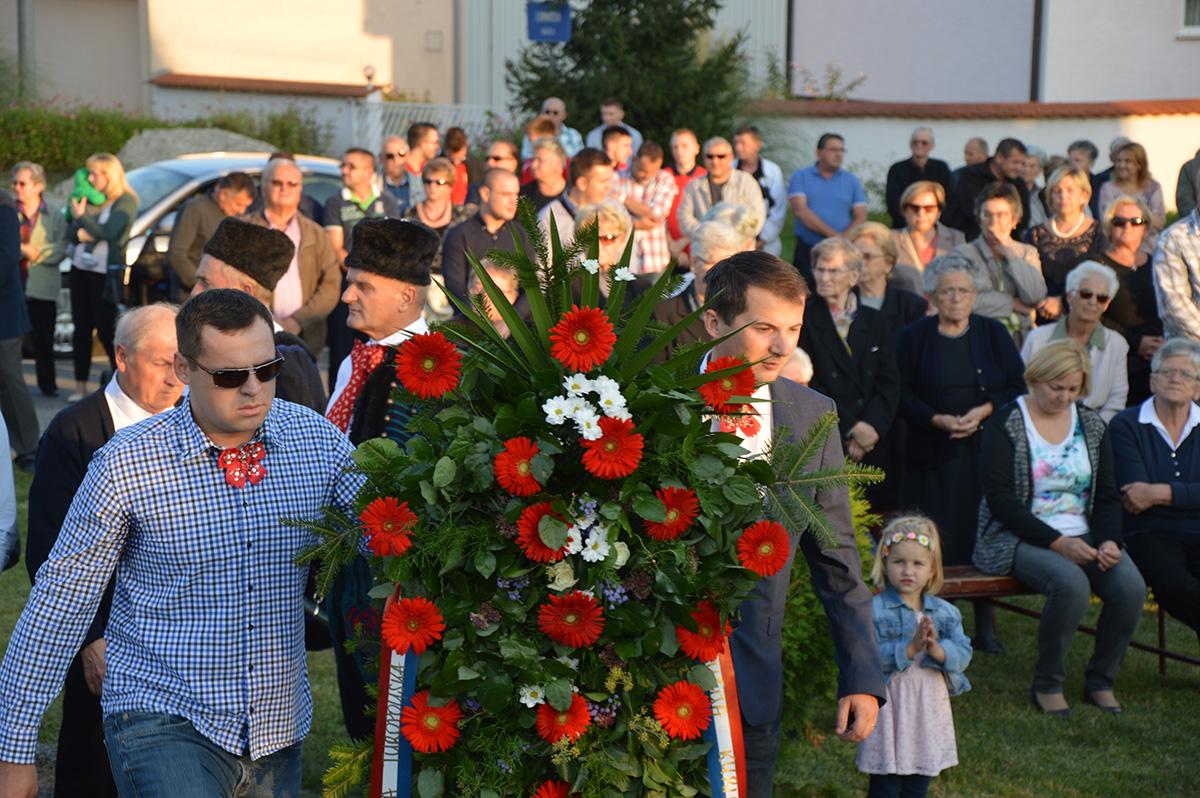 POT odao počast prvim žrtvama Domovinskog rata u Velikoj Gorici
